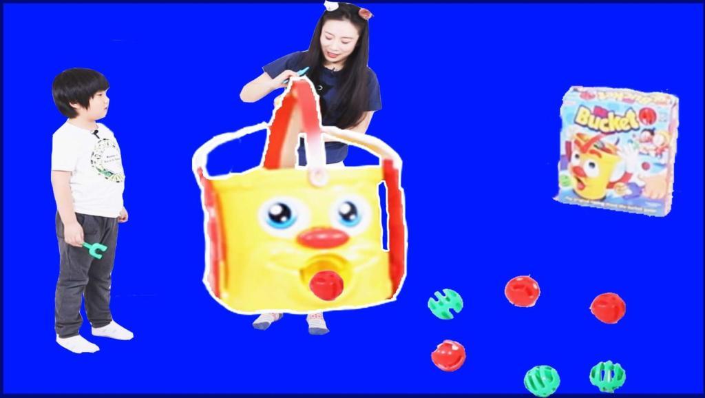 努力投球吧!爱吐球胶桶先生 儿童益智健身玩具MR.BUCKET