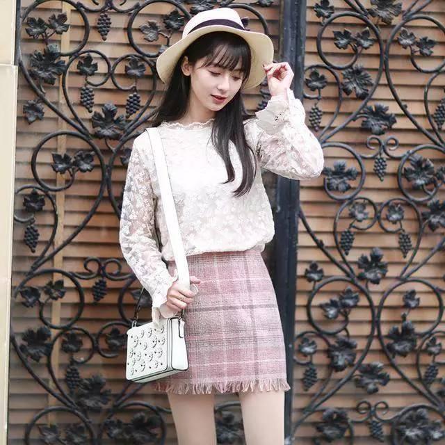 半身裙搭什么鞋子_如此温柔的半身裙, 搭什么都好看!