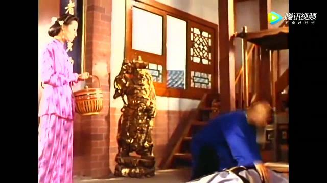 肥猫郑则仕与师妹通灵,被发现,喝洗脚水