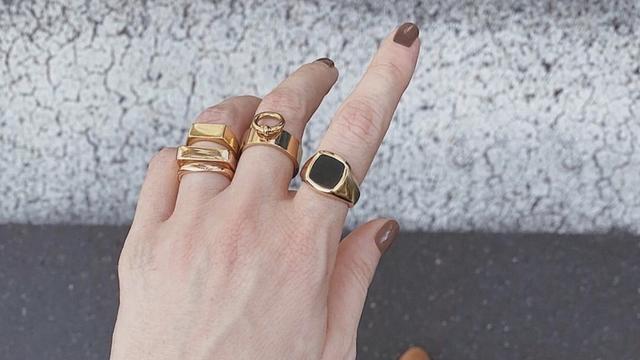 戒指叠戴比单个更有层次感, 这里有ins爆火的戒指叠戴法