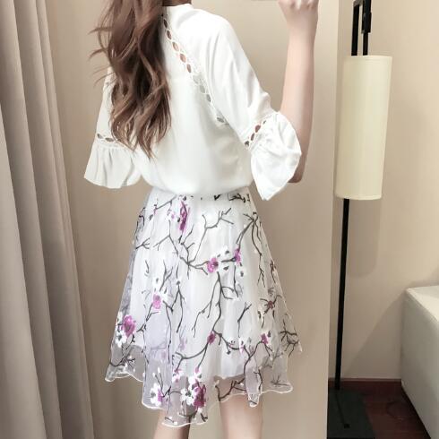 亚麻半身裙_气质女神都在穿的8款雪纺连衣裙、亚麻裙还有蕾丝裙, 时髦又洋气