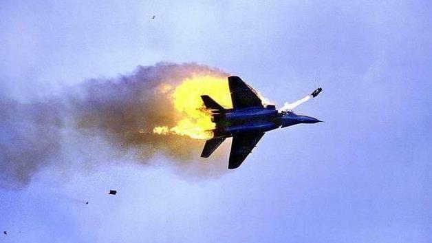 普京报复特朗普, 美俄冲突一触即发 俄军机坠毁,