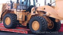 大型轮式装载机是怎样运输的?