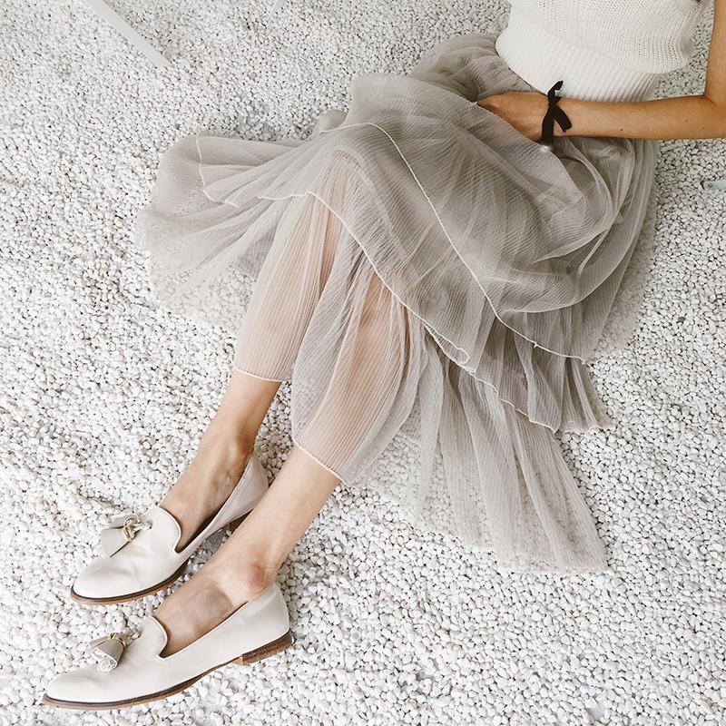 一步半身裙_穿搭: 一袭半身裙 让你的美如花般绽放