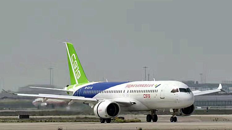 集国内高端飞机设计制造人才和全球顶级供应商的c系大作c-919,起步就