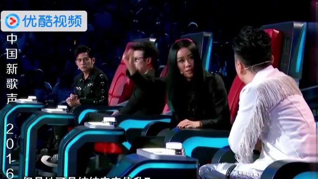 中国好声音: 美女高音飙到升F,哈林直接用狠来形容