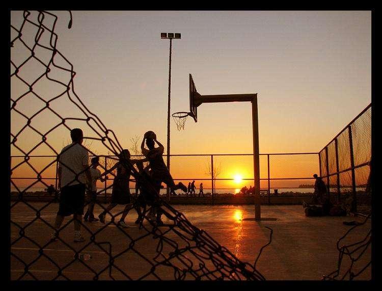 健康常识大侦查, 小孩子打篮球是否真的可以长高?