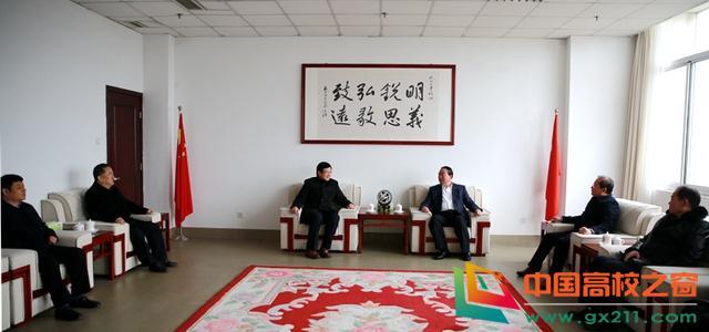 菏泽学院院长姜同松一行来访临沂大学