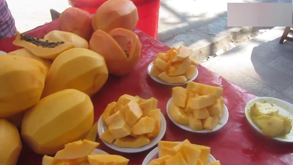 菠萝木瓜各种水果,只要在印度就没那么简单!