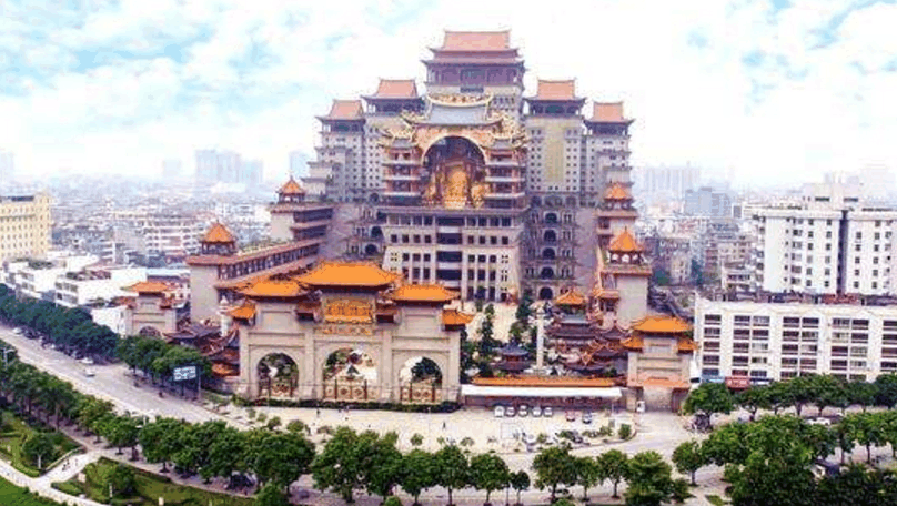 广西玉林云天宫: 中国最大单体艺术宫殿,建造者成谜至今无人知晓