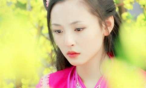 刚出道的吴倩, 被饶雪漫钦点为《雀斑》的书模, 小小年纪演技爆棚