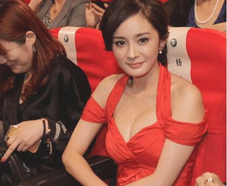 杨幂的身材有多炸?看没有滤镜与精修的她,网友:刘恺威不后悔?