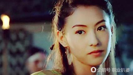 古装美女回眸一笑, 唐嫣虽美却被她完胜, 郑爽尴尬, 最美是她