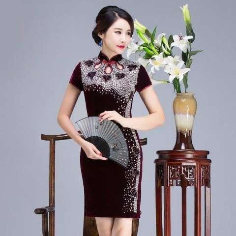 丝绒 连衣裙_高贵奢华的金丝绒旗袍连衣裙, 尽情演绎女人们的时尚风情