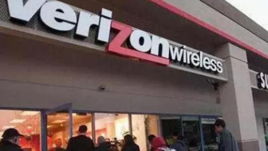 美国又一运营商宣布停售华为手机,中国为何不停售苹果?