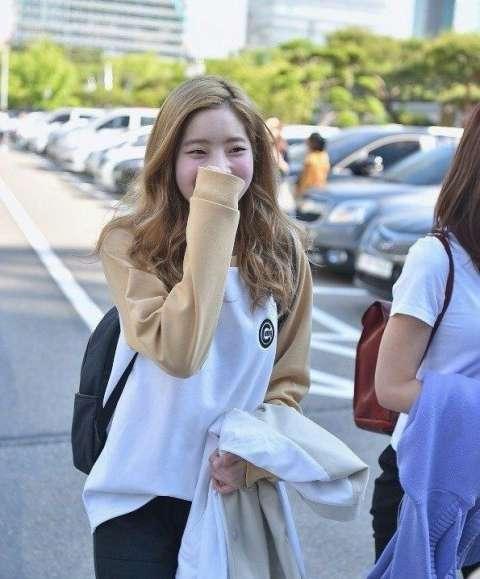 韩国最近最火的女团twice的生活照片, 是不是很美啊