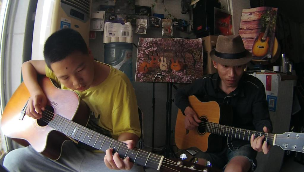 古典吉它独奏小罗曼斯