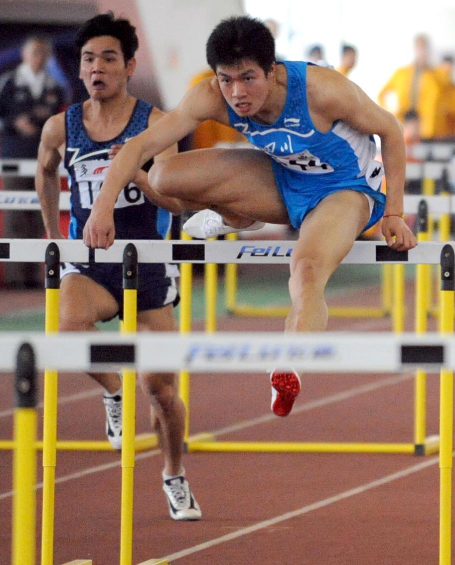 大运会冠军尹靖: 太激动! 祝成都办出史上最成功大运会