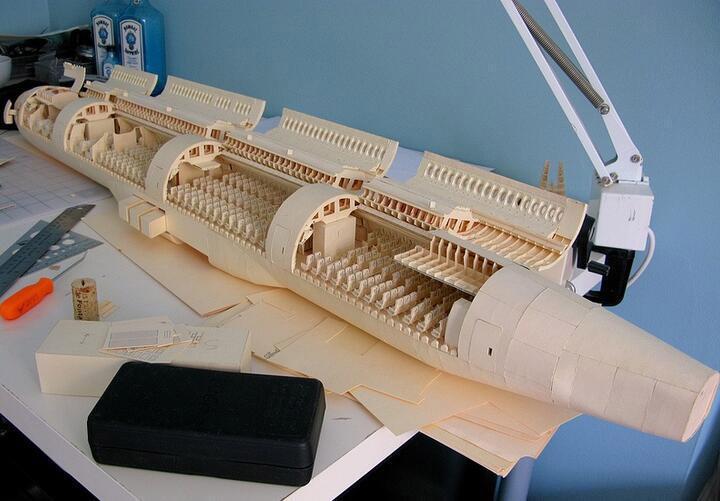 这是世界上最复杂的纸飞机, 美国男子历时6年完成