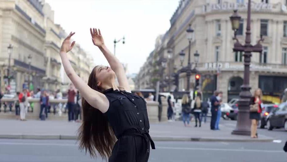 中国美女吻法国明星的美女(搞笑)_视频土豆后果3哈里总裁老婆的我图片