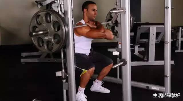 每天开合跳50个, 体脂率降成什么样? 做到3点, 闪现腹肌, 还瘦腿