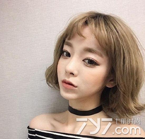 长度齐脖的短发既显得脖子修长又起到修颜瘦脸作用,选择超薄短刘海图片