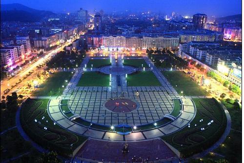 南新城),它是京九高铁、武杭高铁上的一个中间站.众所周知,咱湖