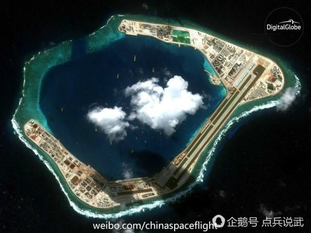 南海岛礁建设最新照曝光, 俨然一座海上城市