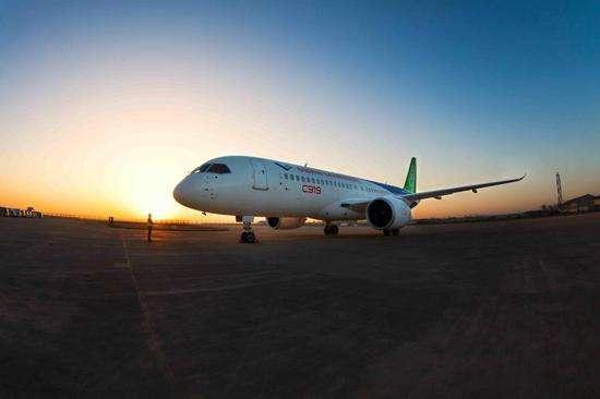 国产大飞机c919即将首飞: 国际客机市场将迎来中国力量的加入