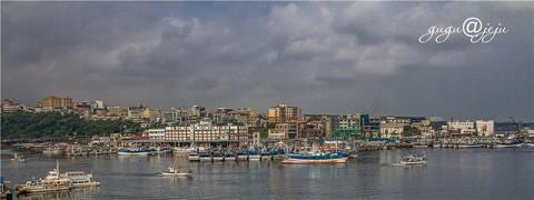 谈谈在济州岛的摄影,济州岛景色虽然不错,拍摄的题材也不少,但由于岛