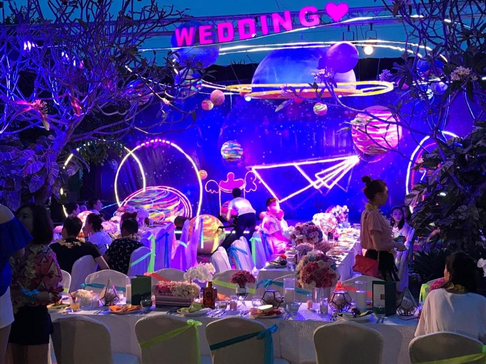 好声音学员张玮巴厘岛办婚礼