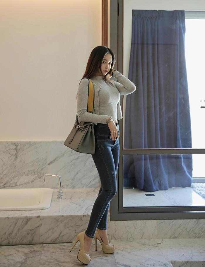 刘亦菲超短紧身牛仔裤