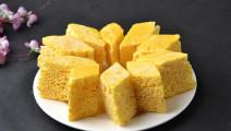玉米面神奇吃法,开水一烫,几分钟就能做出美味食品,太好吃