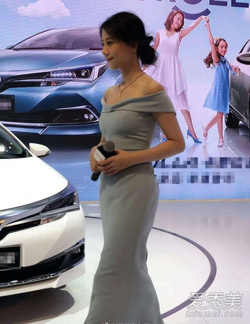 卡罗拉家族代言人,著名影视演员高圆圆亮相一汽丰田展台,与华南地区