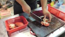 深夜,不只是食堂 著名的铁板蒜蓉烧螃蟹