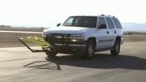 高速追车神器,1秒套住车轮,不用碰撞就能将贼车拦下