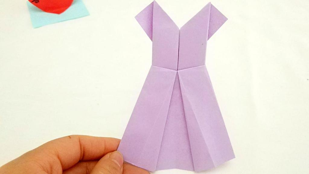 打开 打开 亲子手工折纸: 漂亮的裙子 打开 幼儿手工折纸玩具diy