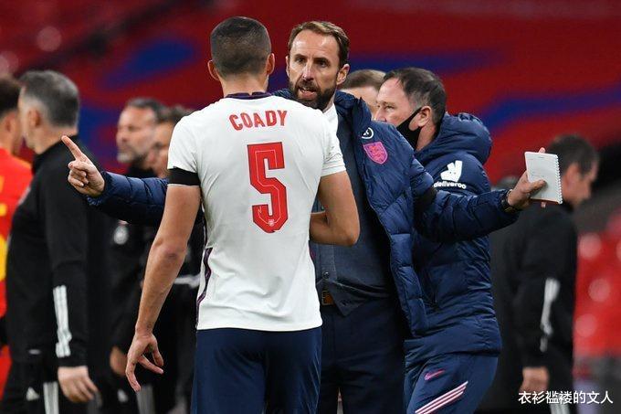 均是个人英格兰国家队的处子球,英格兰2-0威尔士,这名目前效力于狼队的后卫球员