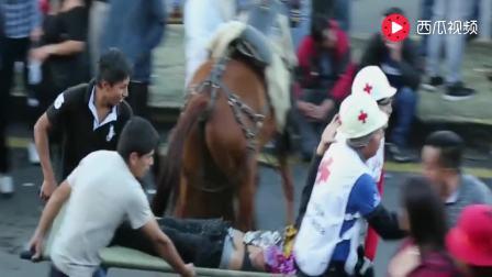 实拍西班牙斗牛士被疯狂公牛刺死, 到底是悲剧还是报应?