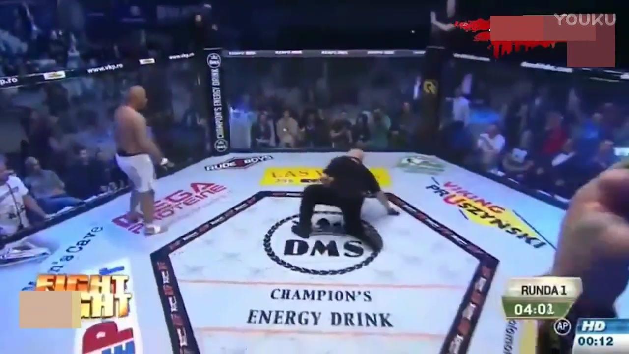 身大力不亏!330斤的重量级拳王曾一拳KO萨普