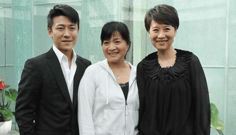 2009年出演《媳妇的美好时代》,和海清和黄海波搭档,在剧中饰演海清的图片