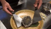 日本村人民的铁板活鲍鱼,有考虑过鲍鱼的感受么