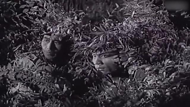 《平原游击队》李向阳路边埋伏,松井半路折回逃过一劫