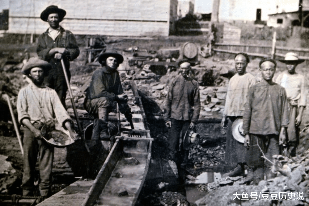美国强制剥夺美籍华人国籍, 几十万华人没有国籍, 该怎么办?