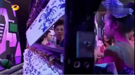 【2012文艺节高二11班】乐器合奏--青花瓷