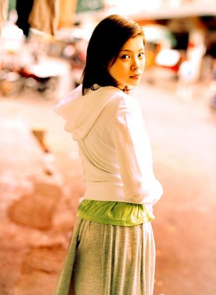 山口百惠惊艳绝伦 盘点那些退役后的日本女星图片