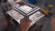 这种不锈钢接头是焊接后打磨出来的,以前还以为是整体的呢