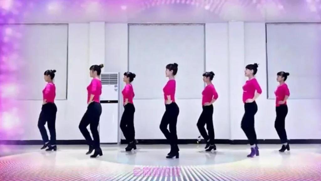 广场舞专辑[大红绸子飘起来]_土豆视频