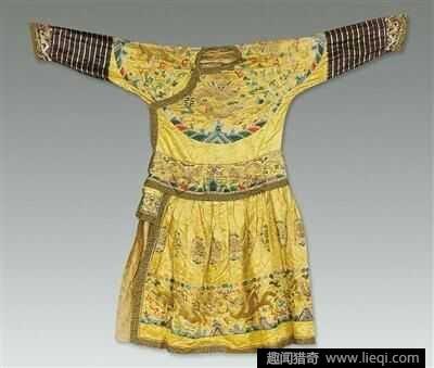 古代女装后背手绘图片