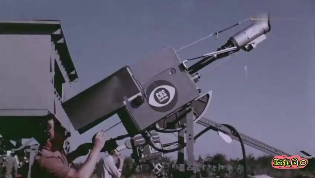 航天飞机发射73秒后爆炸